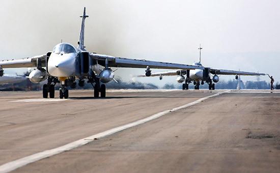 Российские фронтовые бомбардировщики наавиабазе Хмеймимв Сирии