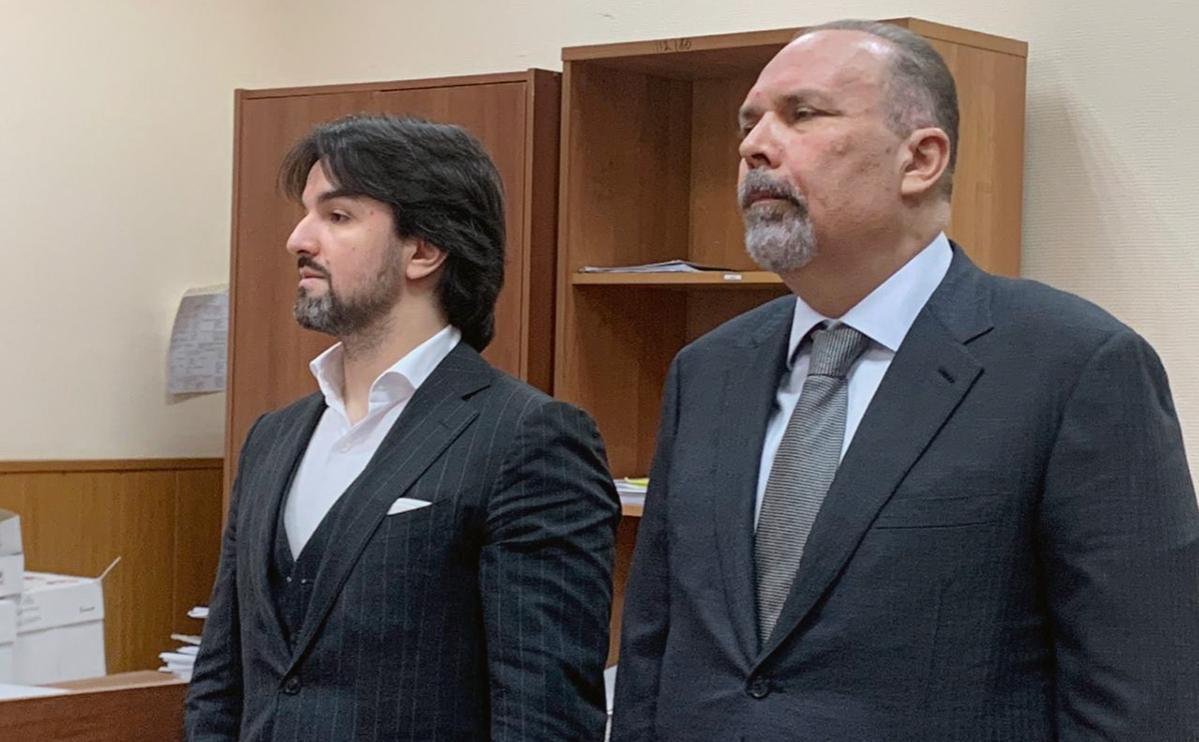Мурад Мусаев иМихаил Меньво время рассмотрения ходатайства о продлении запрета определённых действий