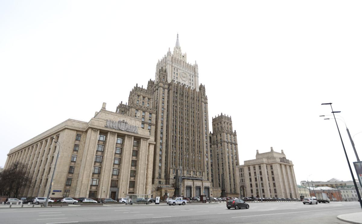 МИД заявил о контрасте заявлений Борреля после возвращения из Москвы