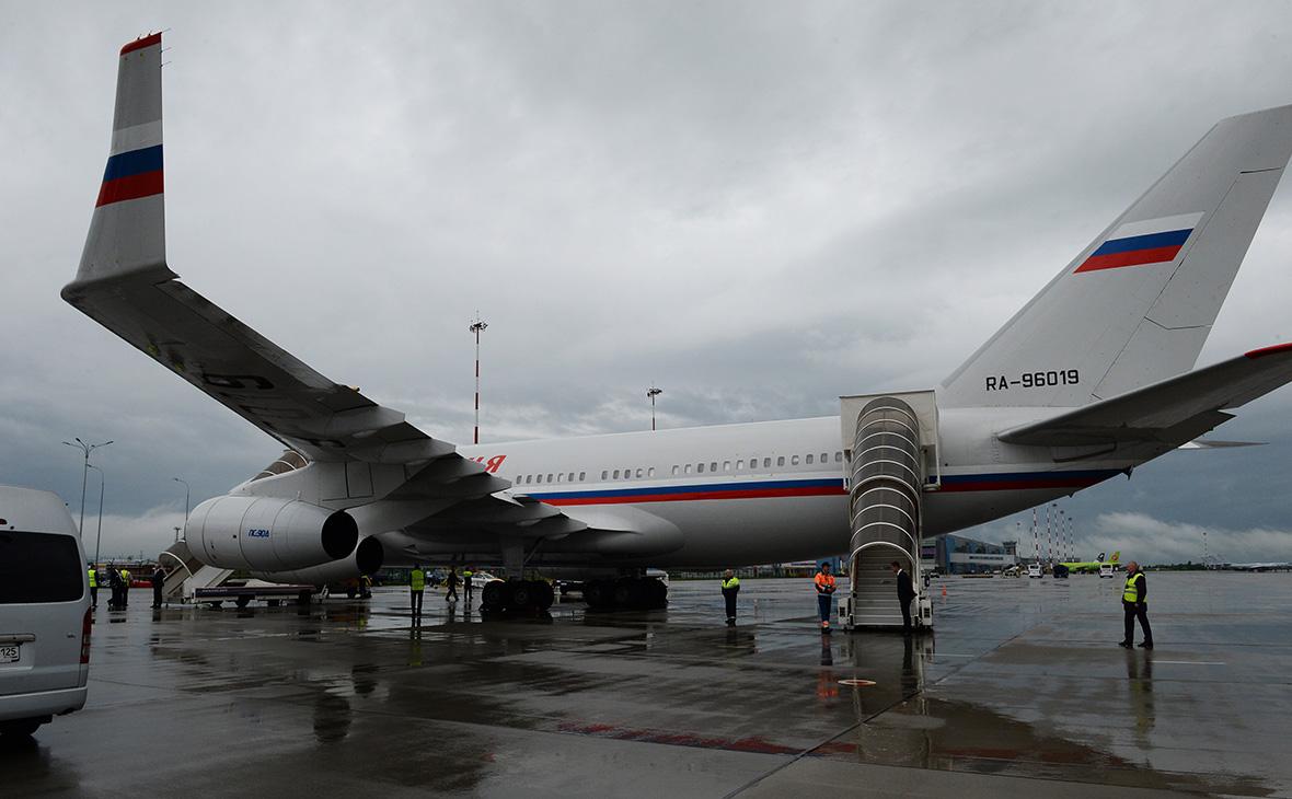 Самолет Специального летного отряда «Россия» Ил-96-300