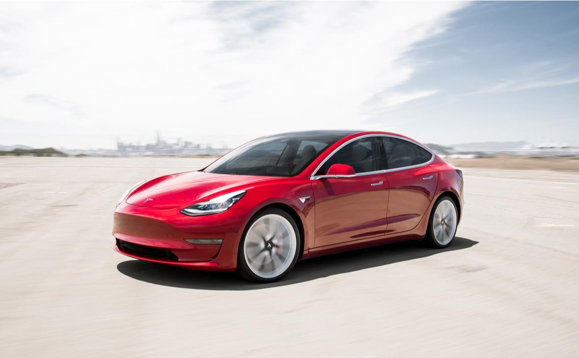 Электромобиль Model 3