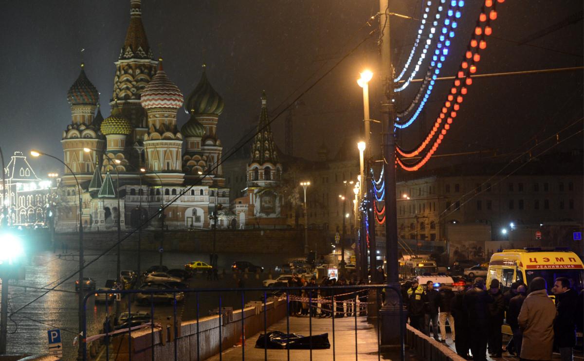 Кадрс места убийства Бориса Немцова