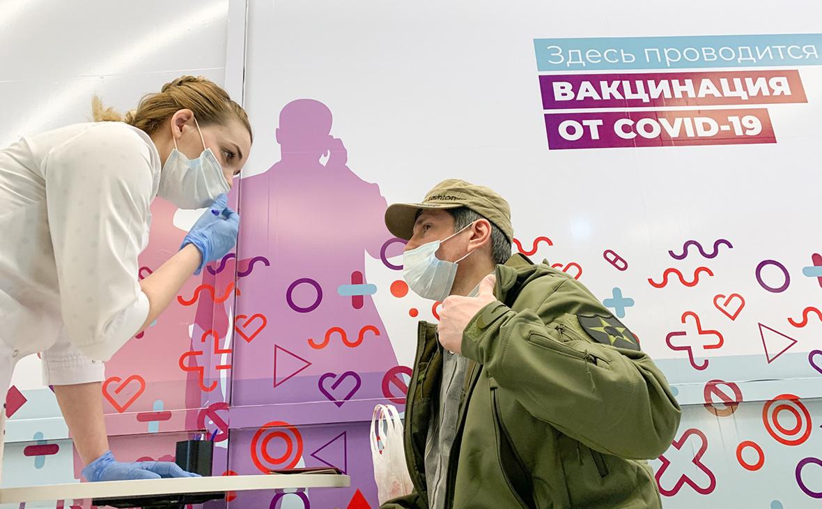 Собянин сообщил о свыше 800 тыс. полностью привитых от коронавируса