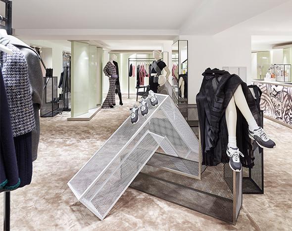 пресс-материалы Louis Vuitton, Chanel