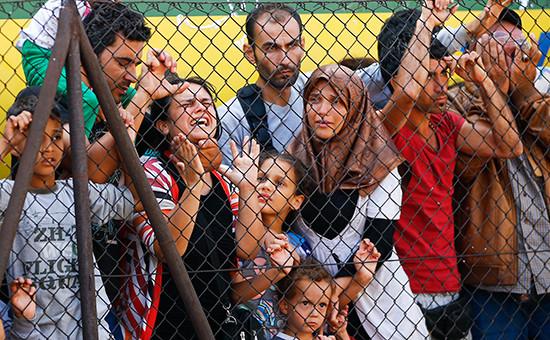 Мигранты протестуют на вокзале в Будапеште