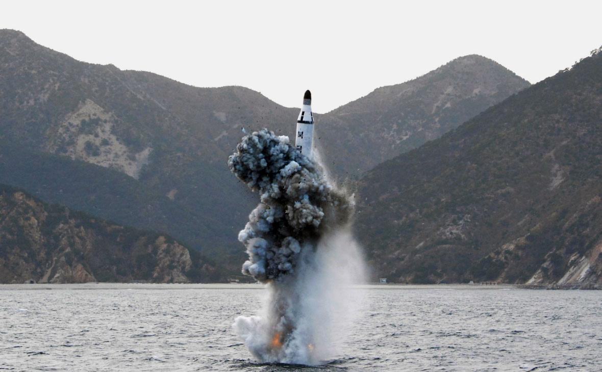 Пуск баллистической ракеты подводного базирования