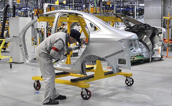 Работа цеха сборки автомобилей Lada Vesta наАвтоВАЗе