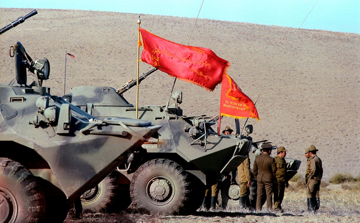 Возвращение советских воинов-интернационалистов из Демократической Республики Афганистан.1986 год