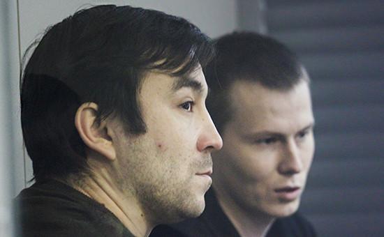 Граждане России Евгений Ерофеев (слева) иАлександр Александров назаседании суда вКиеве, декабрь 2015 года
