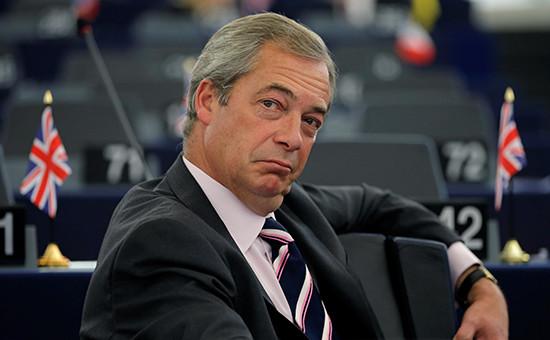 Экс-лидер Партии независимости Соединенного Королевства (UKIP) НайджелФарадж