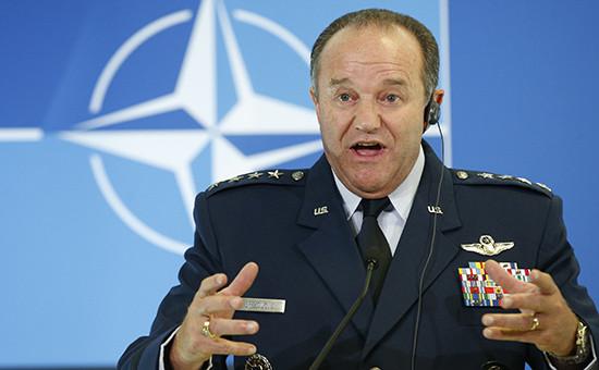 Командующий объединенными силами НАТО в Европе Филипп Бридлав