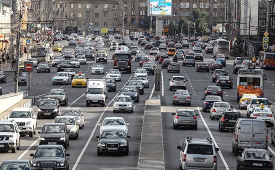 Движение наулицах Москвы