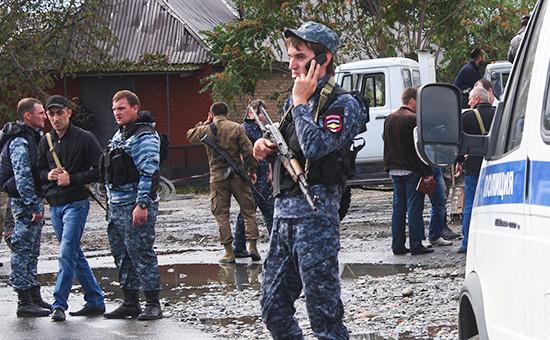 Сотрудники полиции в Чечне. Архивное фото