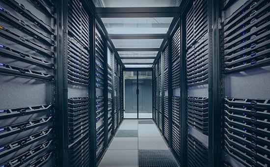 Серверное оборудование в дата-центре