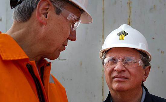 Президент ExxonMobil Development Нил Даффин и глава ОАО