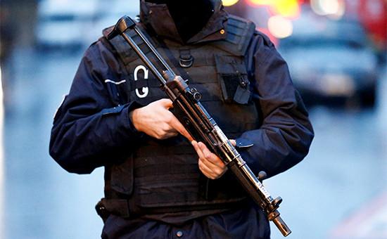 Сотрудник турецкой полиции