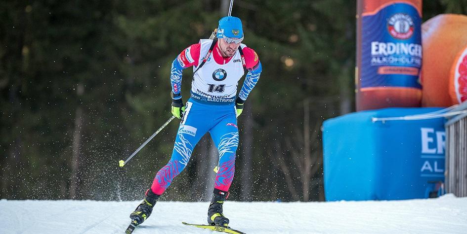 Ведущий биатлонист сборной России Александр Логинов
