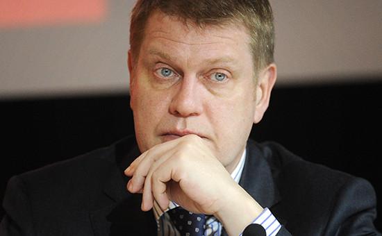 Телеведущий Иван Демидов