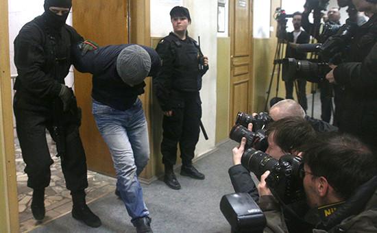 Анзор Губашев, подозреваемый в убийстве политика Б.Немцова, в Басманном суде