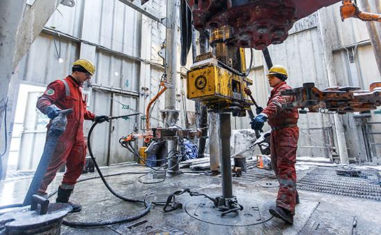 Бурение эксплуатационной скважины Соровского месторождения