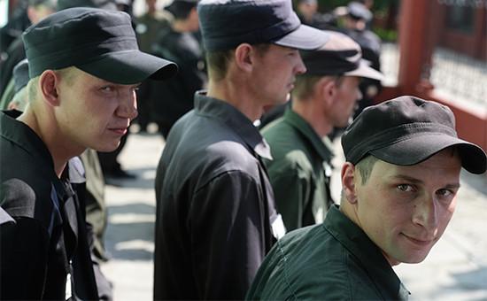 Осужденные на территории Исправительной колонии №7 УФСИН России по Владимирской области. Июнь 2013 года