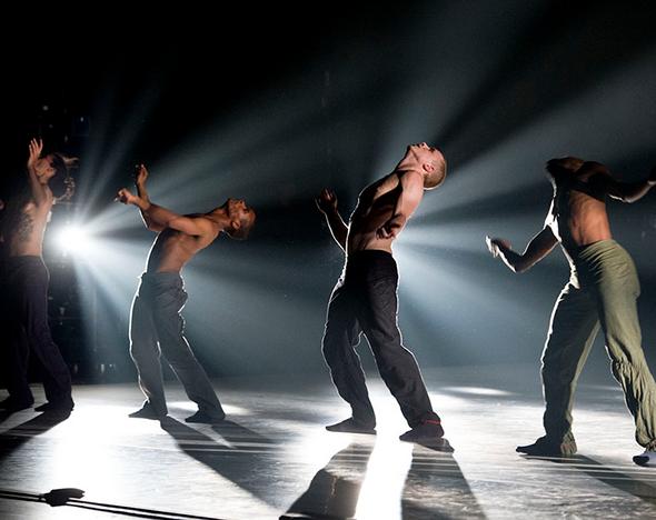 Фото: dance-theatre.ru; shenweidancearts.org; akramkhancompany.net;