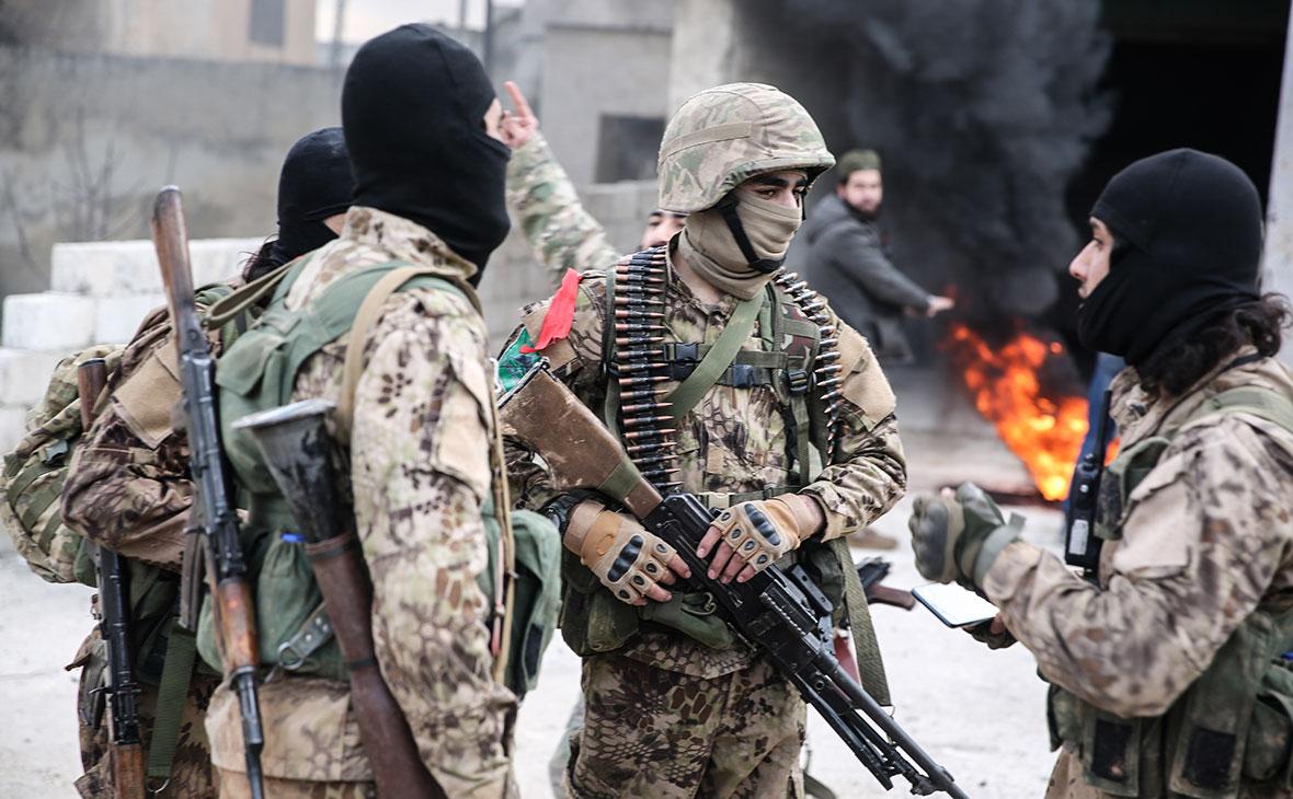 Сирийские боевики в Идлибе