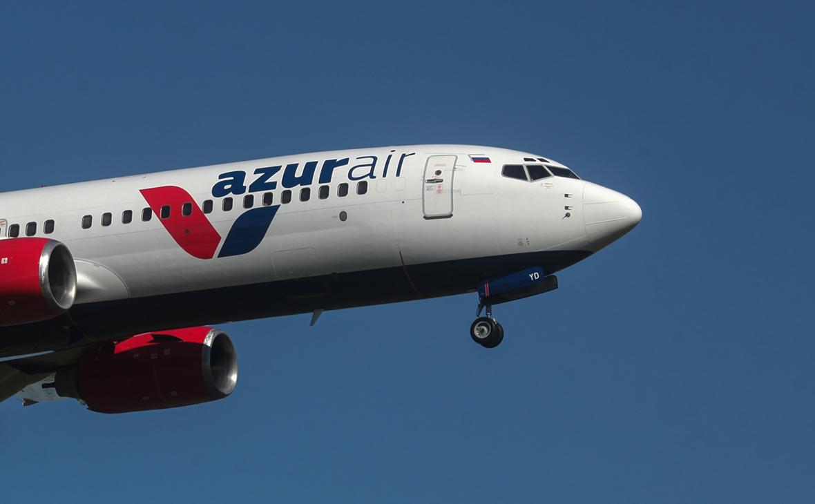 СамолетBoeing 737-800 компании Azur Air