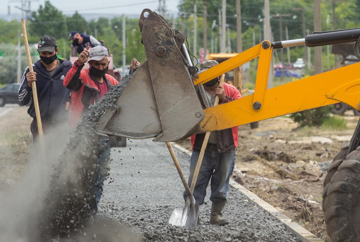 Рабочим предстоит заменить 42 километра дорожного покрытия
