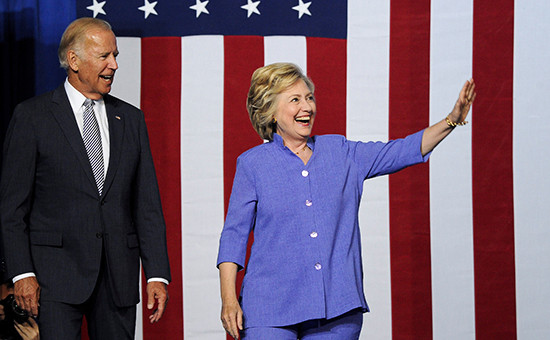Вице-президент США Джозеф Байден и кандидат в президенты СШАот Демократической партии Хиллари Клинтон