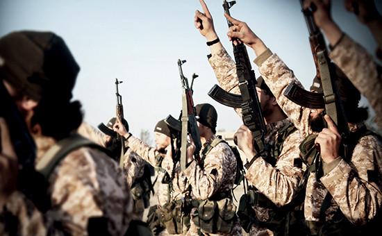 Боевики «Исламского государства» (запрещенной в России террористической организации)