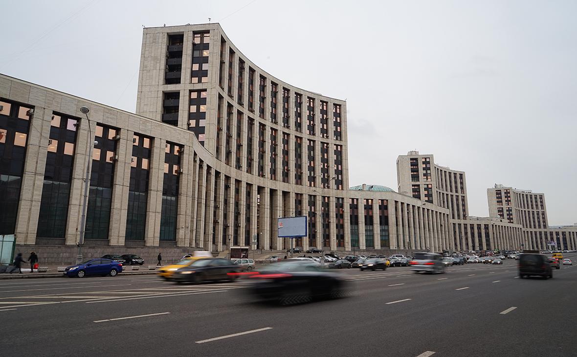 Здание ВЭБа в Москве