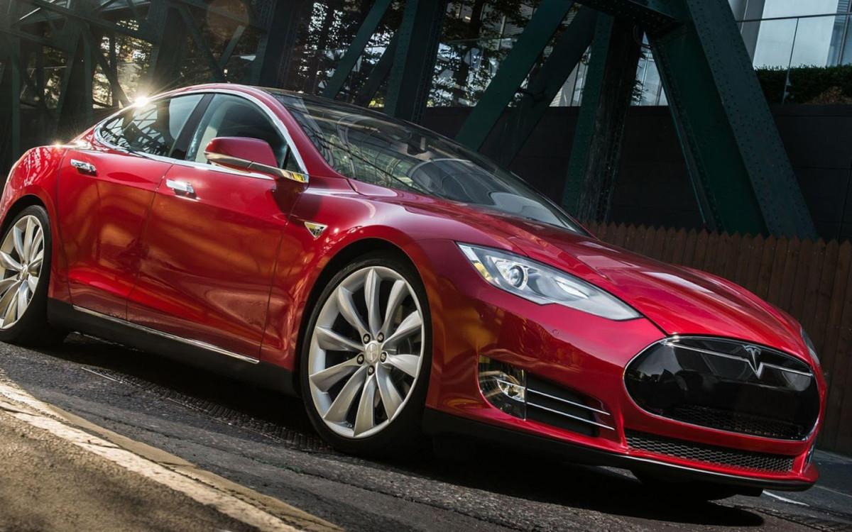 Фото: Tesla