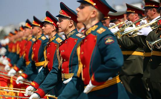 Строевой смотр готовности сводного оркестра Московского гарнизона к военному параду Победы