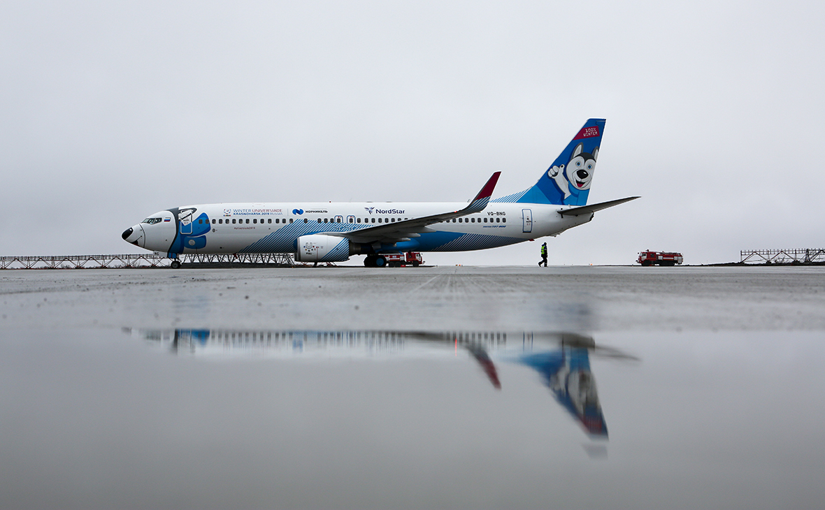 Самолет Boeing 737-800G авиакомпании NordStar