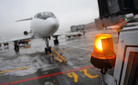 Уборка снега в аэропорту