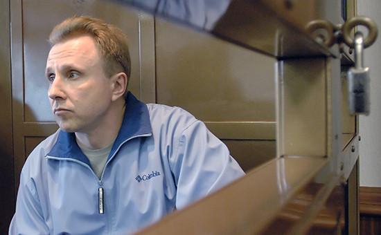 Бывший глава отдела внутренней экономической безопасности нефтяной компании ЮКОС Алексей Пичугин взале заседания Мосгорсуда, май 2006 года