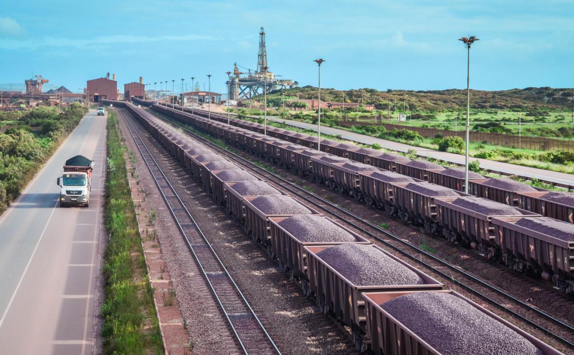 Поезда с железной рудой