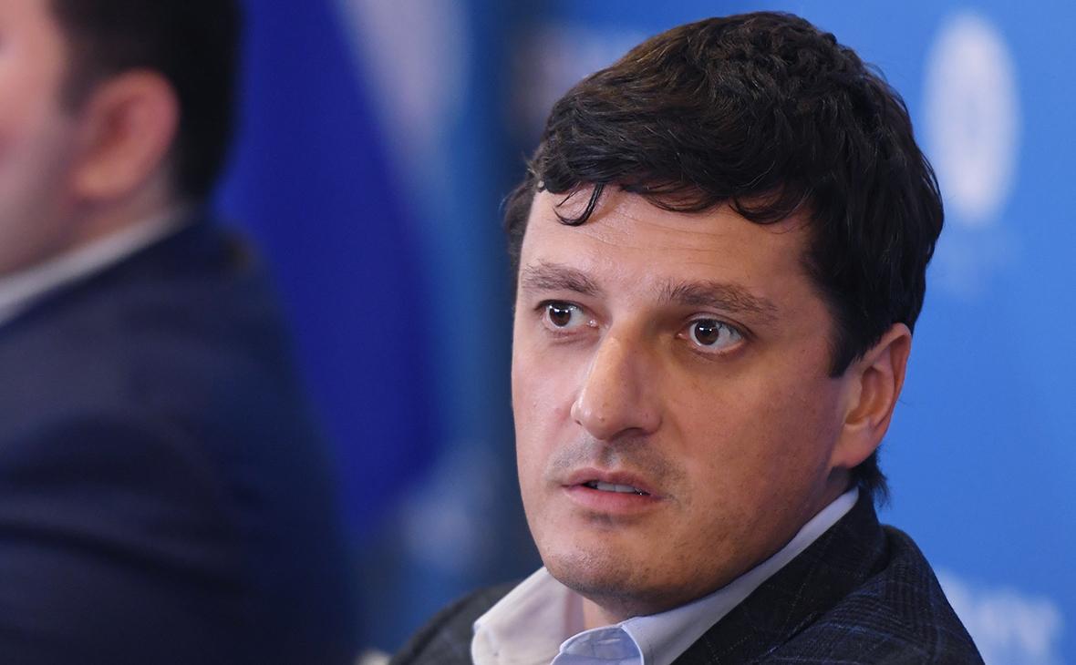 Антон Инюцын