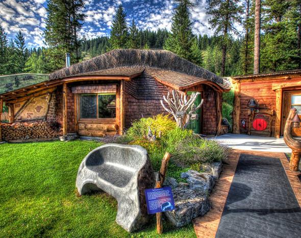 Фото: hobbithouseofmontana.com
