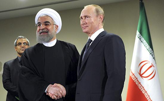 Президент России Владимир Путин и президент Ирана ХасанРухани в перерыве между сессиямиГенеральной ассамблеи ООН в Нью-Йорке, сентябрь 2015 года