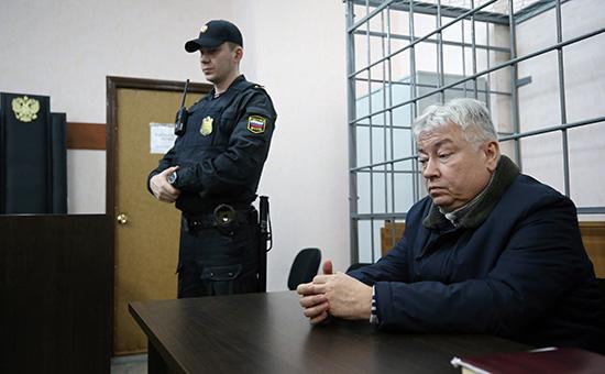 Роберт Мусин перед рассмотрением ходатайства об аресте в Советском районном суде в Казани. 3 марта 2017 года