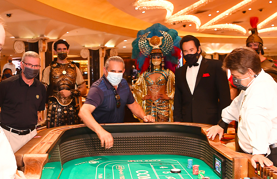 Фото: Denise Truscello/Getty Images for Caesars Entertainment