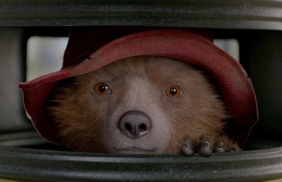Кадр из фильма«Приключения Паддингтона 2»
