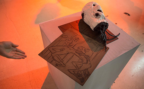 Последствия погрома выставки скульптур в Манеже
