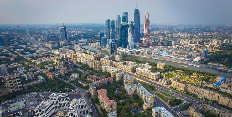 Вид нарайон Дорогомилово иМосковский международный деловой центр «Москва-Сити»