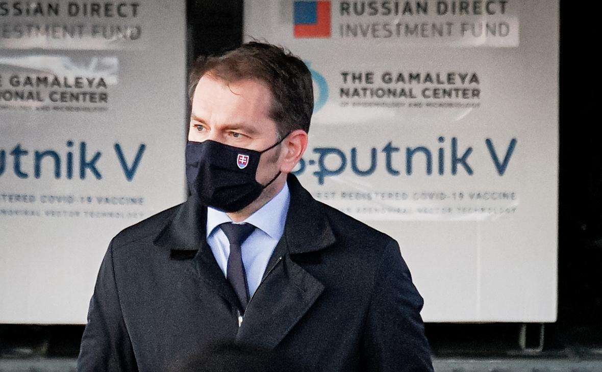 Премьер Словакии пошутил о передаче России части Украины за «Спутник V»