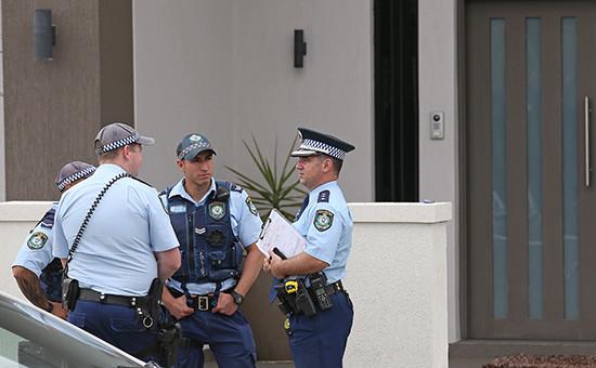 Сотрудники Австралийской полиции
