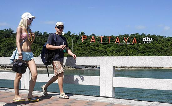 Туристы в Паттайе, Таиланд