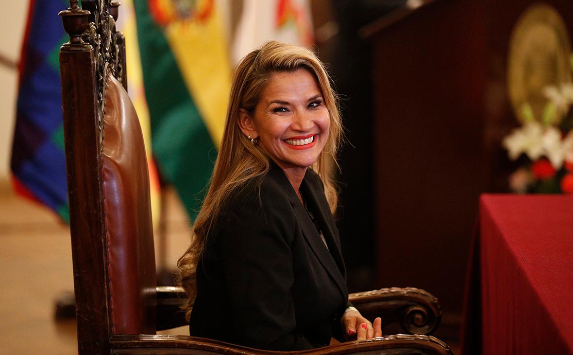 Жанин Аньес